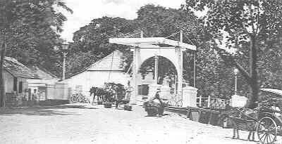 Batavia Weltevreden ophaalbrug 1900.