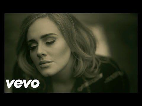 """Adele lidera pela terceira semana a parada de singles da Billboard com """"Hello"""""""