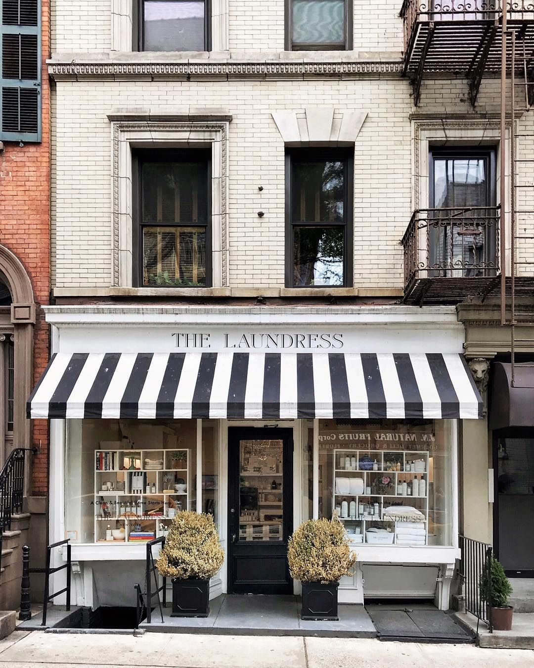 Soho Nyc Store Front Shop Fronts Bakery Store
