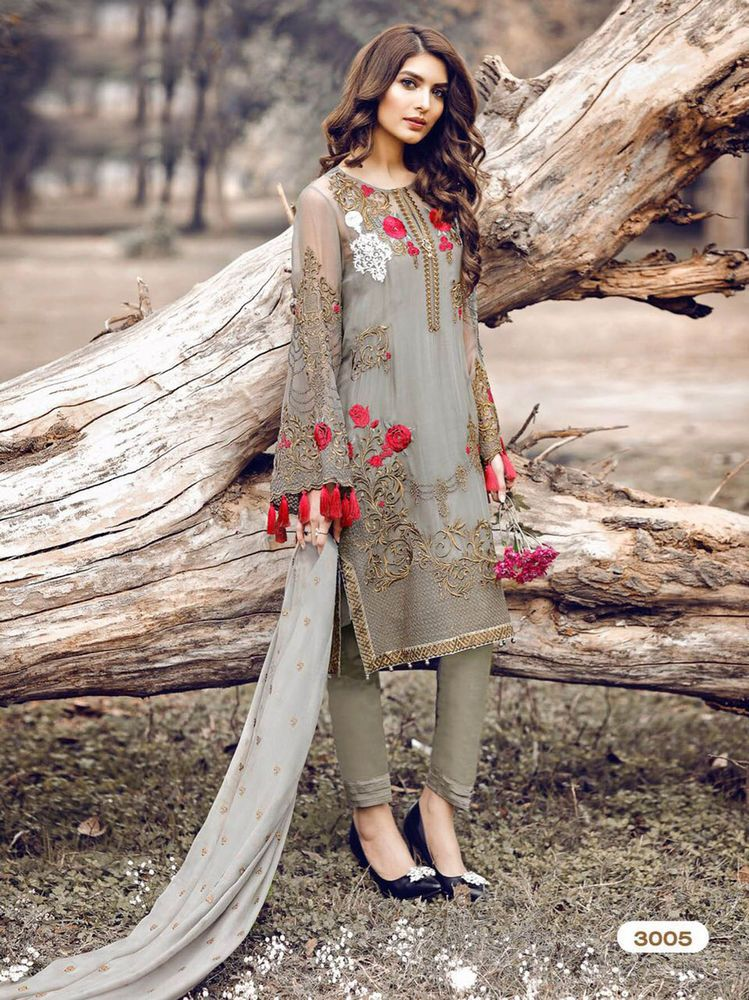 f0a035f554 Punjabi Suit Indian Designer Bollywood Pakistani Ethnic Embroidery Salwar  Kameez
