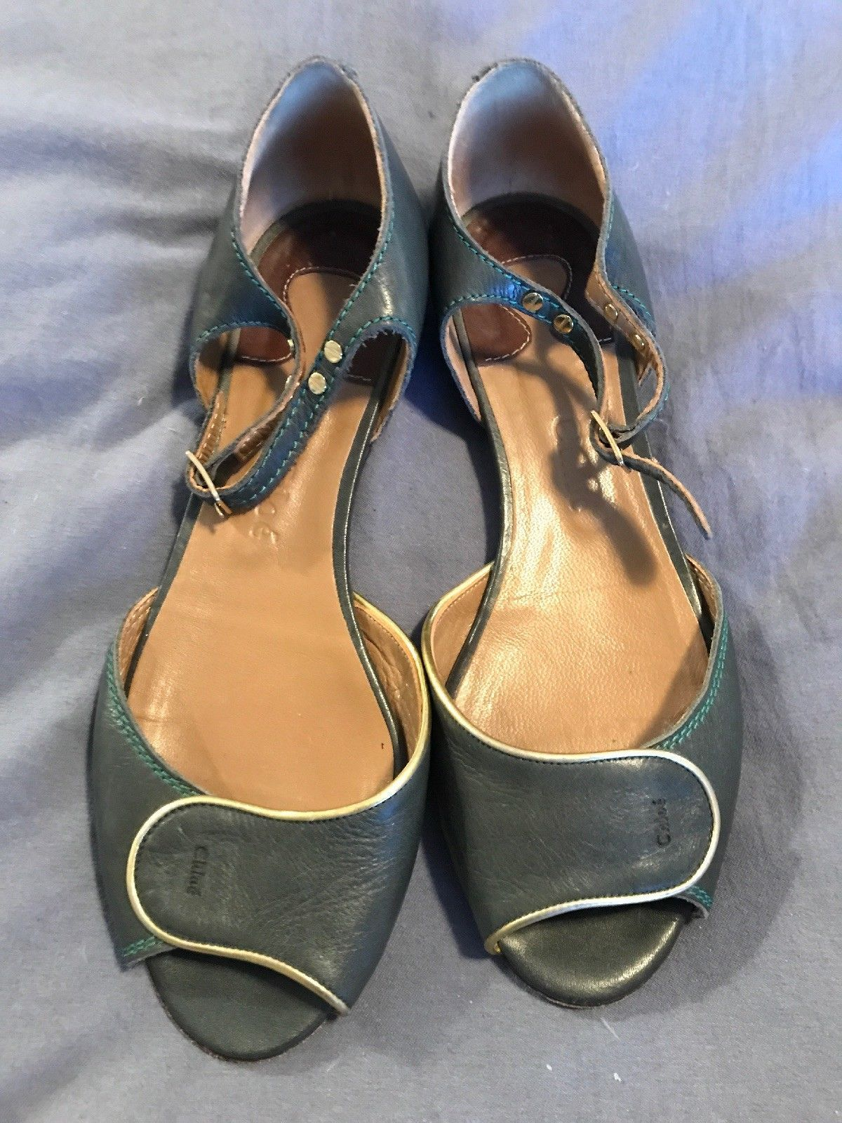 63b0783e26176 Very Vintage Chloe 38 Green with Gold lame trim Sandals flats ankle strap  shoes