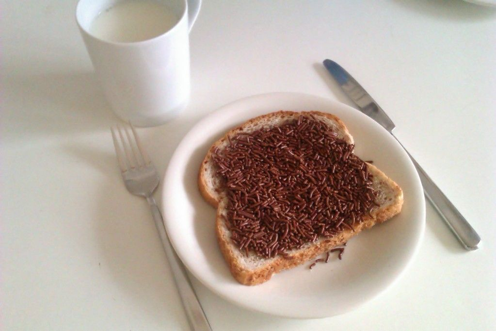 My second favourite breakfast: bread with 'hagelslag'