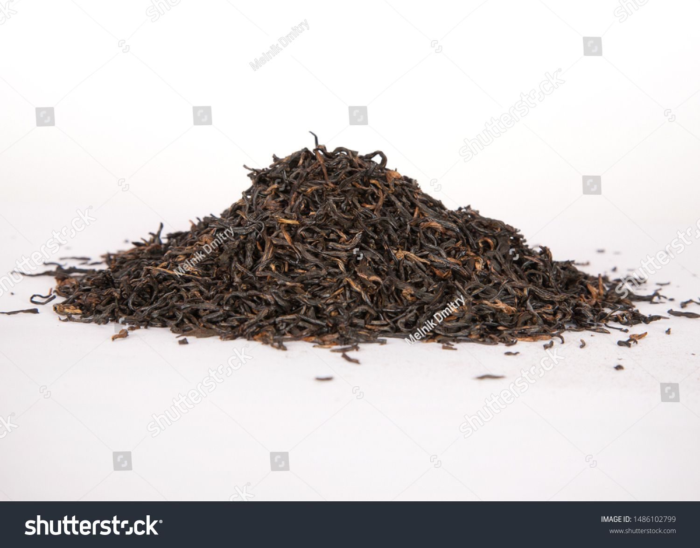 China green Dry Tea On White Background