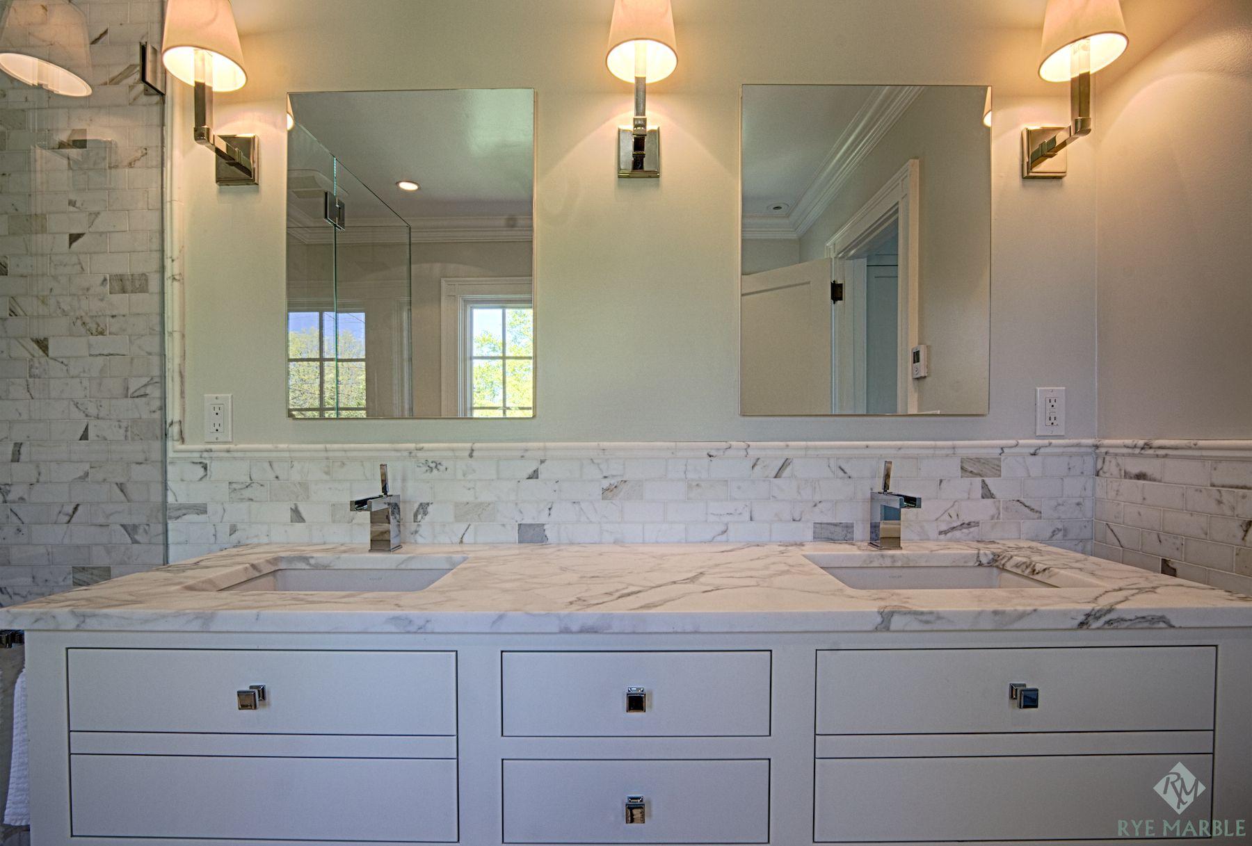 - Beautiful Calacatta Marble For Interior Design: Amazing Bathroom