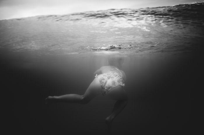 Lily, age 6, in the pre sunrise ocean… » El Hogan Photography #underwater #underwaterphotography #splwaterhousing #SPL #vsco #vscofilm