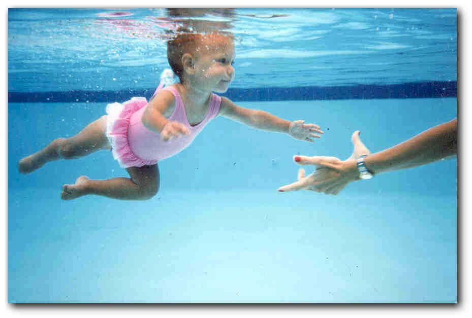 Please.. teach your baby/kids about swim safety