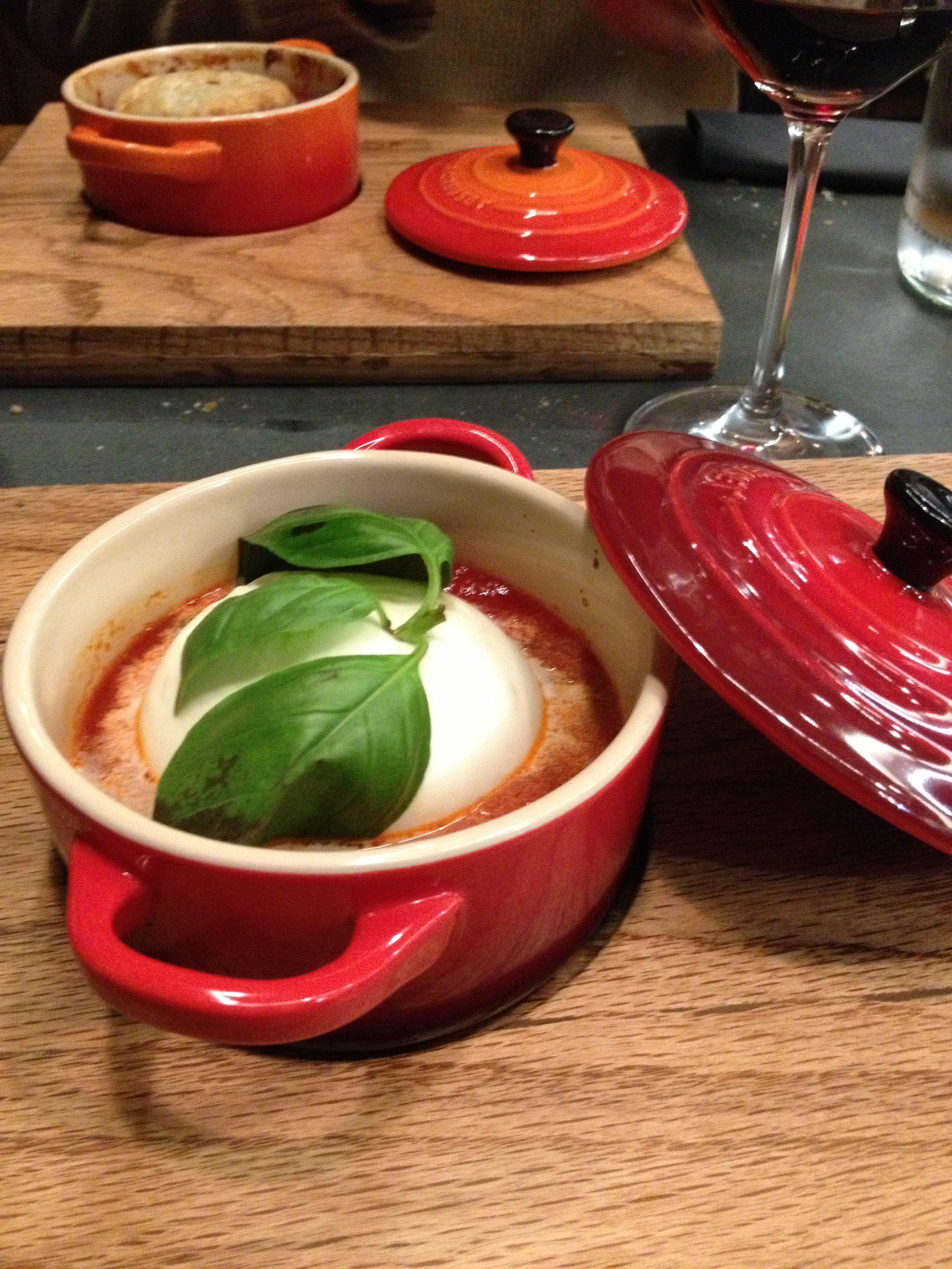 Cocotte di mozzarella di bufala, pomodoro e basilico  - Bancovino - Roma