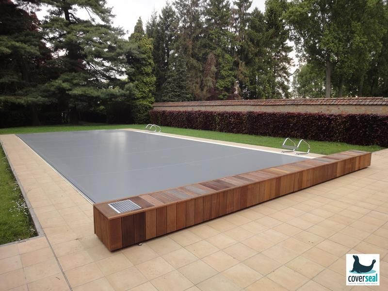 piscine bois volet