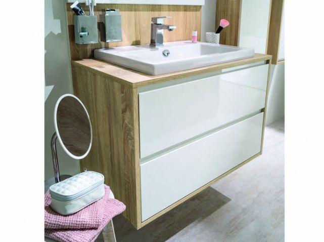 Photo Salle De Bains Blanche Et Bois Moderne Ambiance Scandinave Meuble Bas  Avec Vasque Rangement Petite