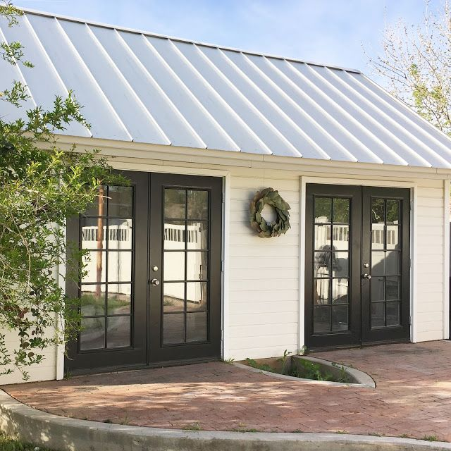 Love This Shed The Aluminum Roof Is My Favorite Feature Modern Farmhouse Exterior House Exterior Farmhouse Exterior