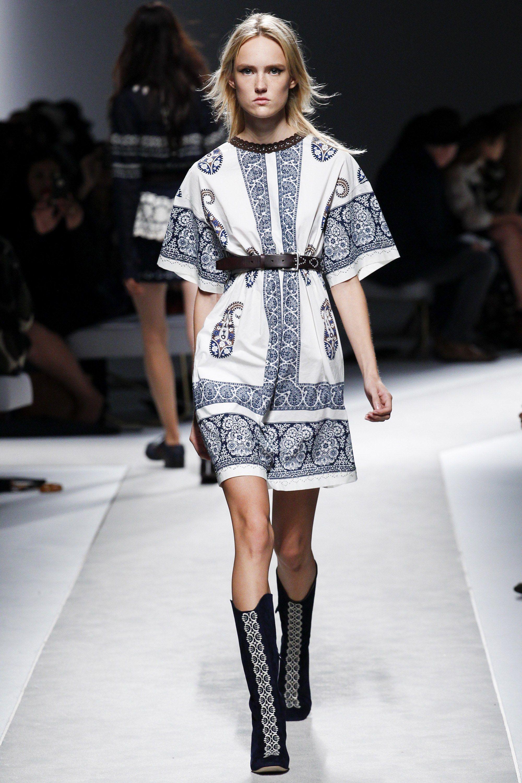 Fay Spring 2016 Ready-to-Wear Collection Photos - Vogue
