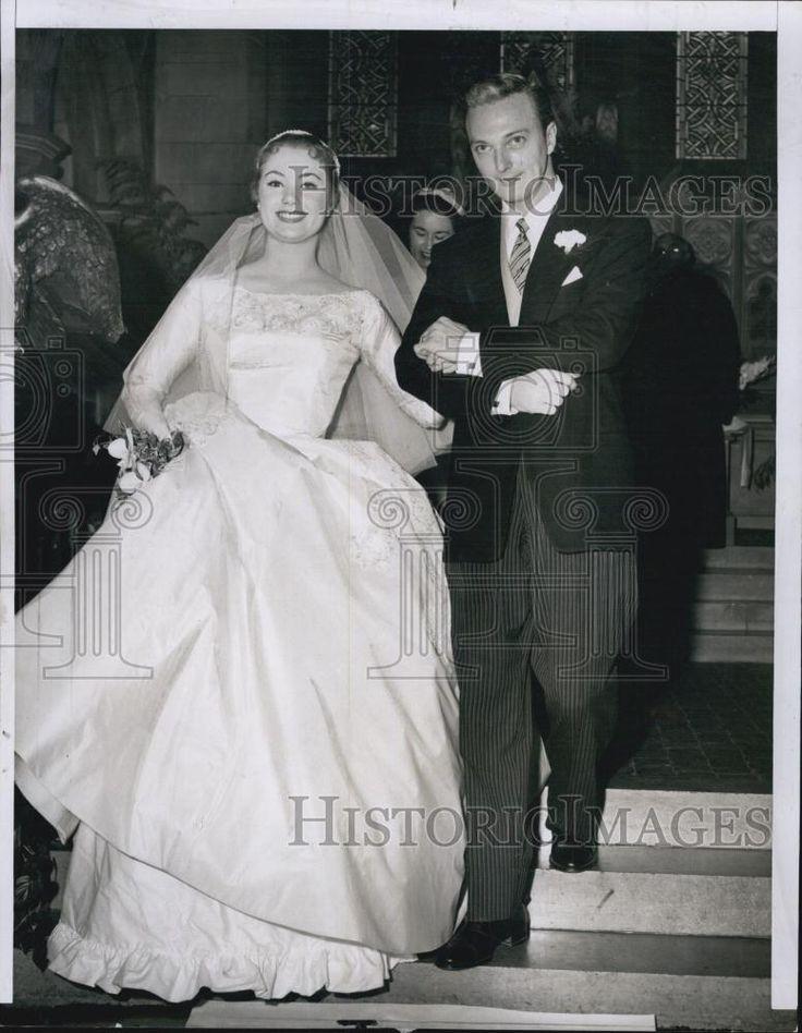 Shirley Jones and Jack Cassidy | Celebrity wedding dresses