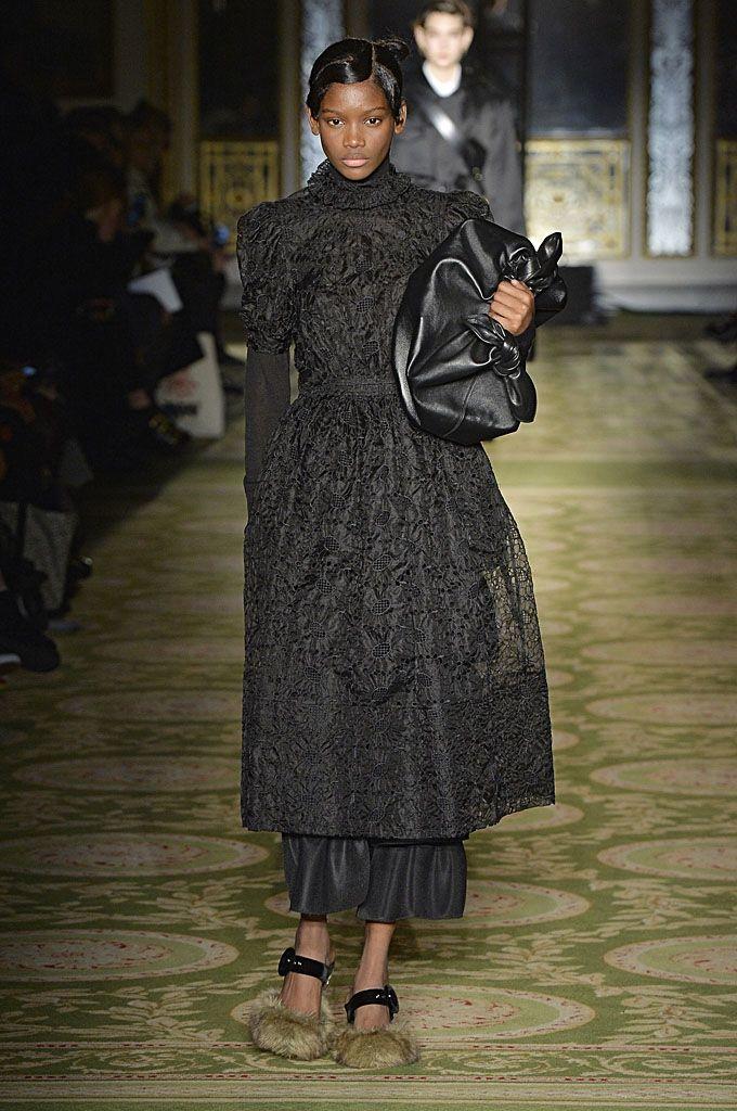 London Fashion Week - Simone Rocha