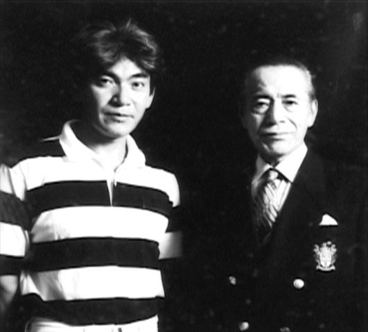 Toshirō Mifune with his youngest son, Shirō.