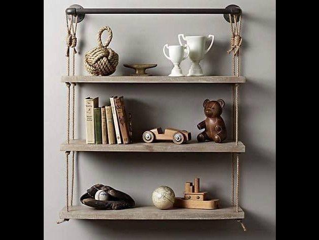 ein sch nes handgefertigtes wandregal aus europaletten geeignet f r deko bilder oder. Black Bedroom Furniture Sets. Home Design Ideas