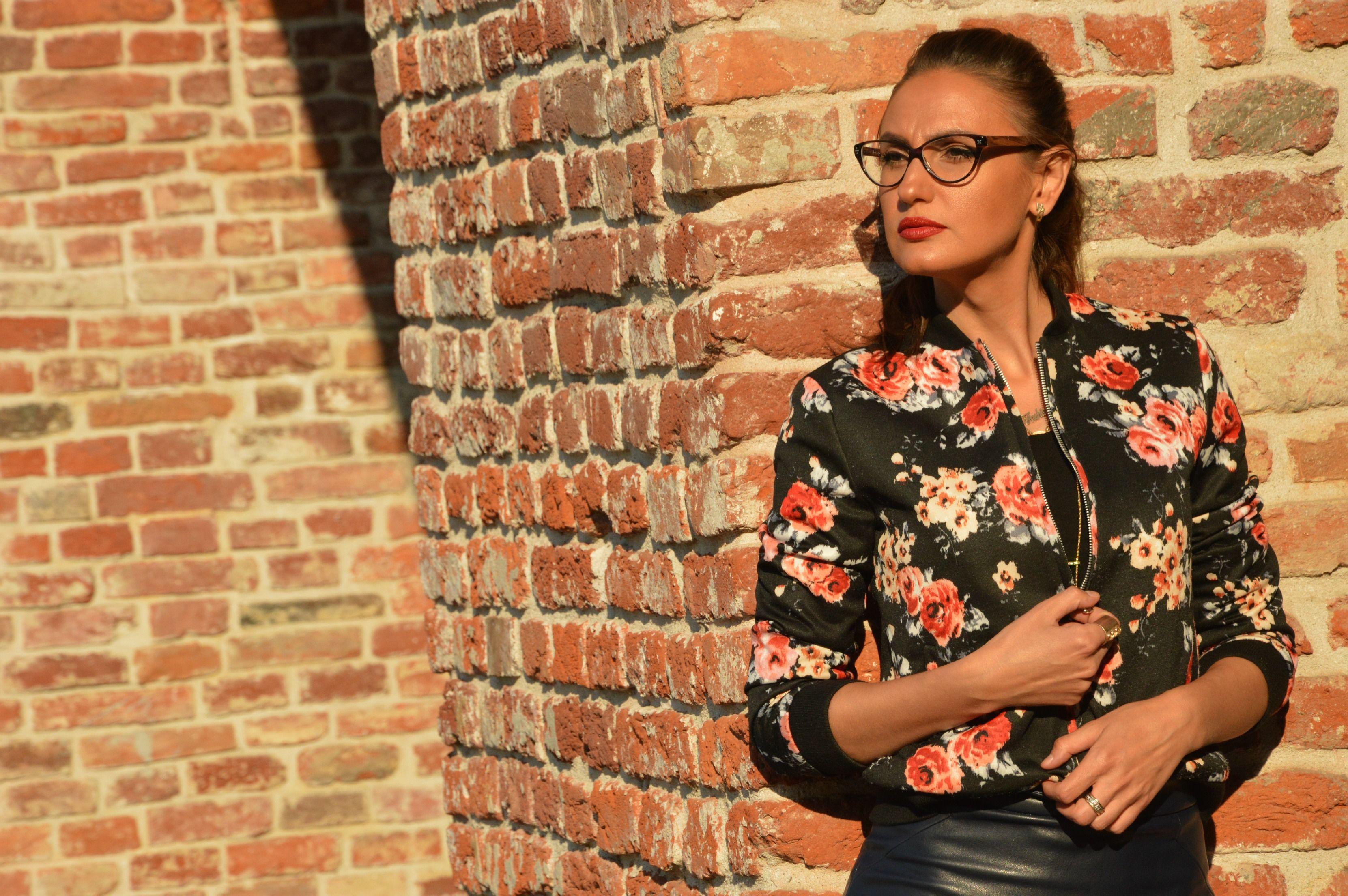 Lensway Cat-eye glasses post now on blog: http://bit.ly/1dkHkpA #stylepost #fashion #blogger #eyewear #derekcardigan #lenswayeyewear