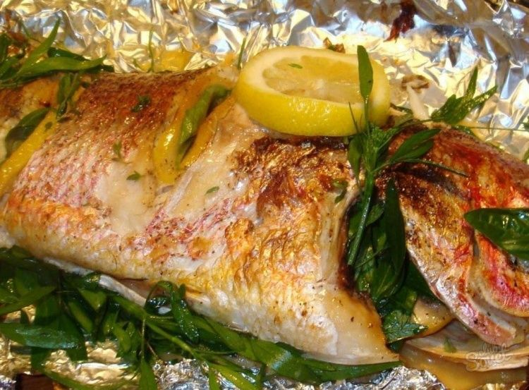 Рыба, запеченная в фольге в духовке: рецепты на любой вкус 69