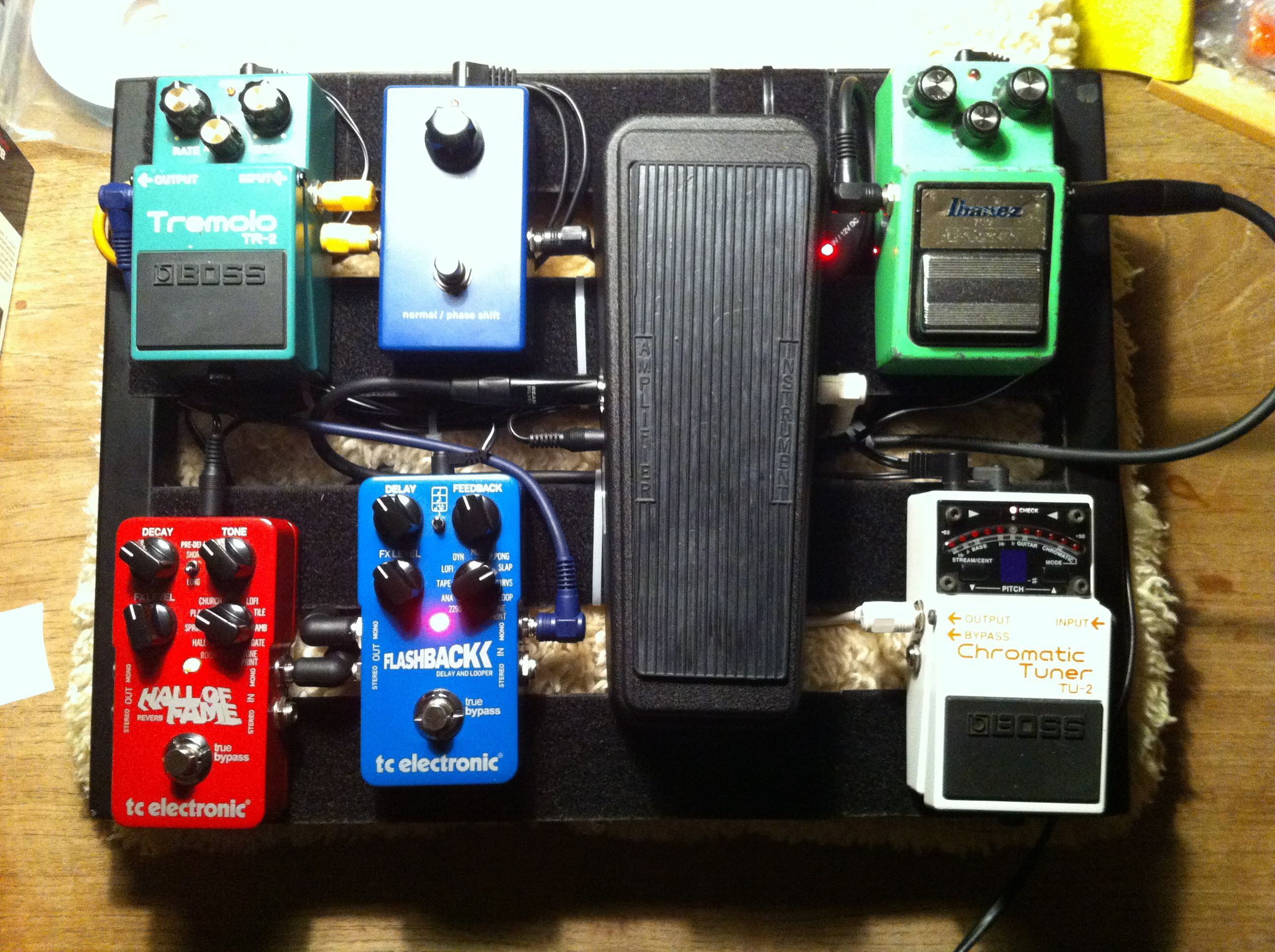 my new small pedalboard pedaltrain jr m u s i c pedalboard guitar effects pedals guitar. Black Bedroom Furniture Sets. Home Design Ideas
