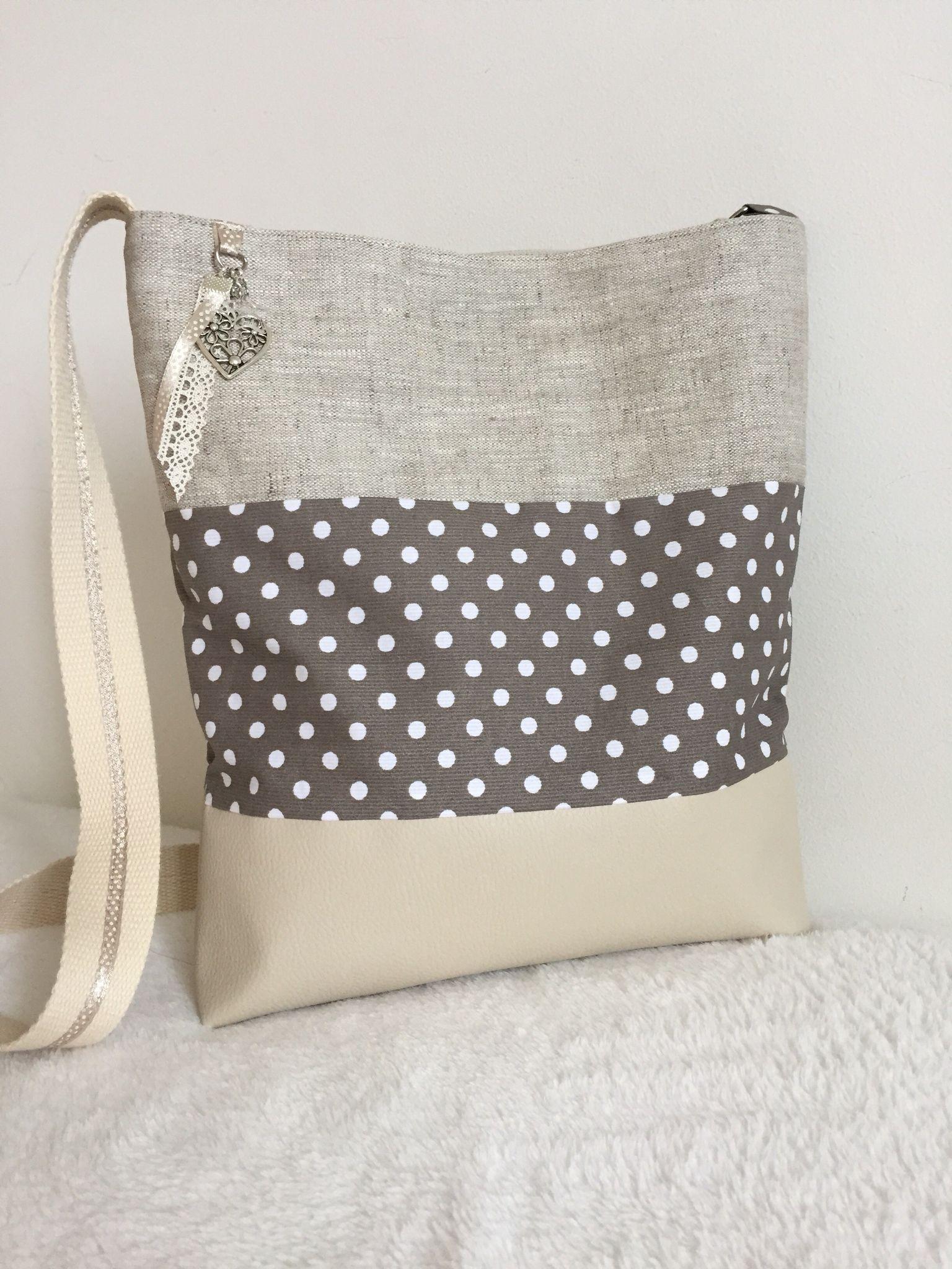 sac bandouli re en simili cuir beige et tissu enduit. Black Bedroom Furniture Sets. Home Design Ideas