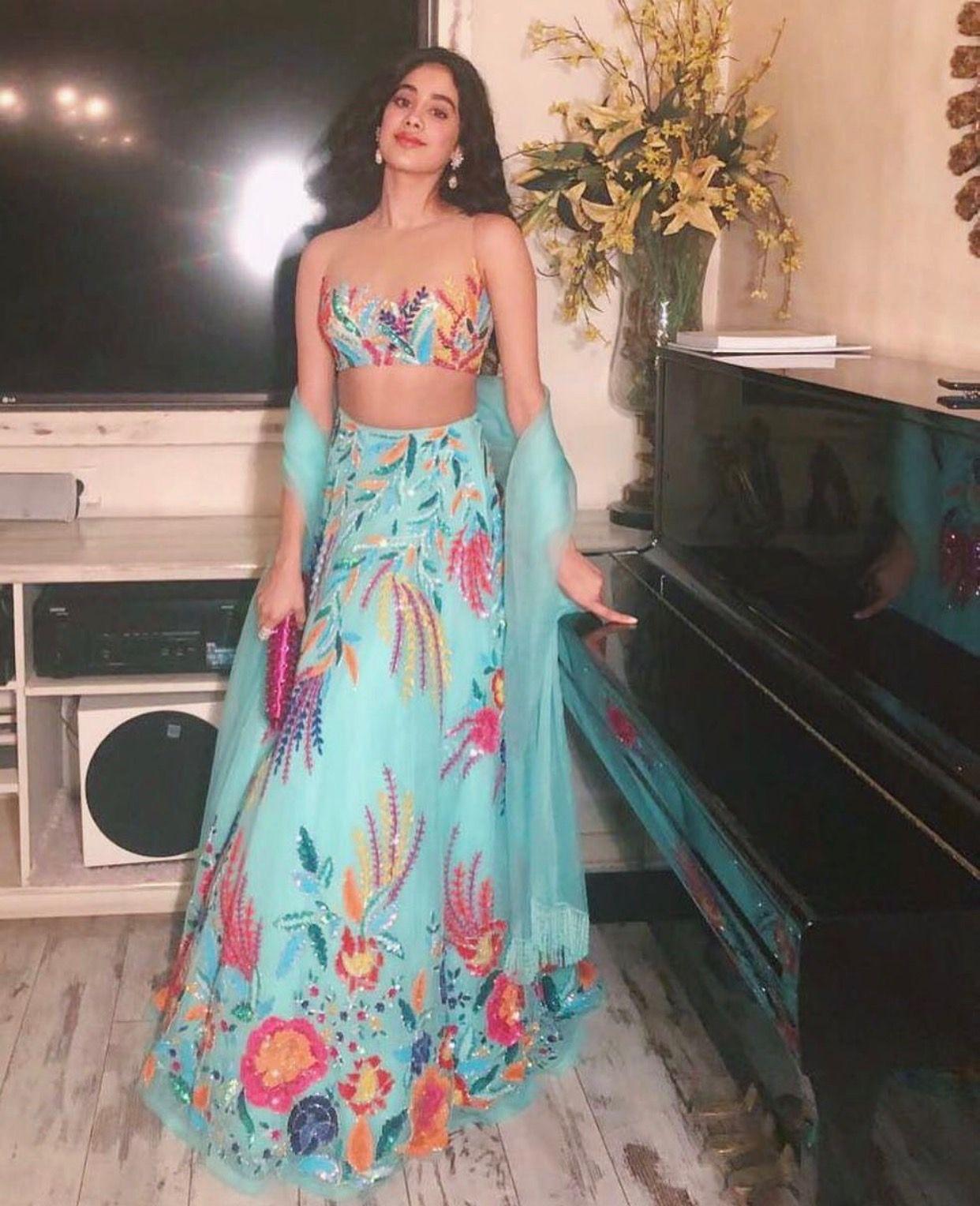 Lehenga   Indian Fashion * Glam de India * Indian Wear * Lehengas ...
