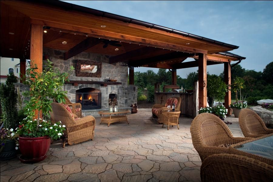 Outdoor kitchen designs with roofs pool cabana belgard for Outdoor cabana designs