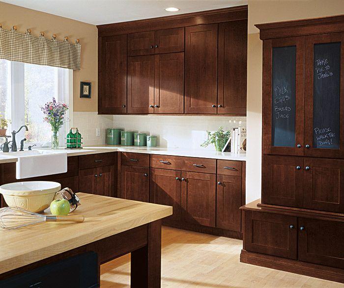 Kemper Whitman In Cherry Henna Shaker Style Kitchen Cabinets Cherry Cabinets Kitchen Kitchen Cabinet Styles