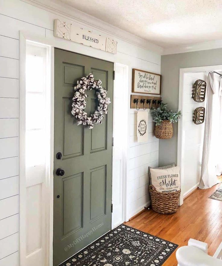 Photo of 5 Ways To Increase Your Mudroom Storage While Keeping It Homey – Decor Steals Blog