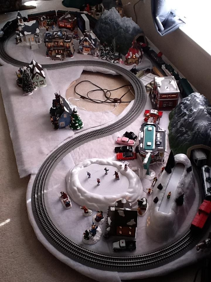 christmas layout 80 complete dept 56 snow village and lionel train