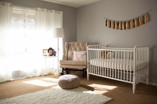 Nice Babyzimmer gestrickt hocker gestalten deko ideen gardinen luftig