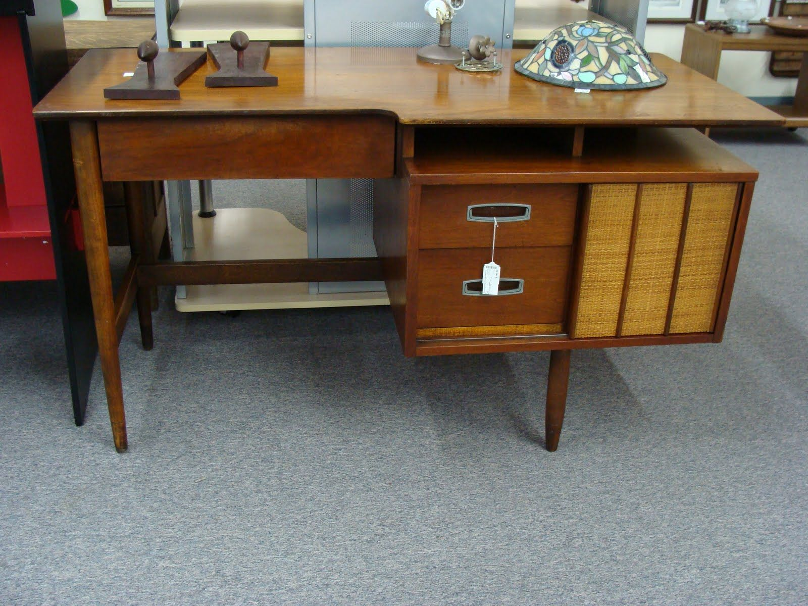 Braxton and yancey mid century danish modern desks and weekend booty