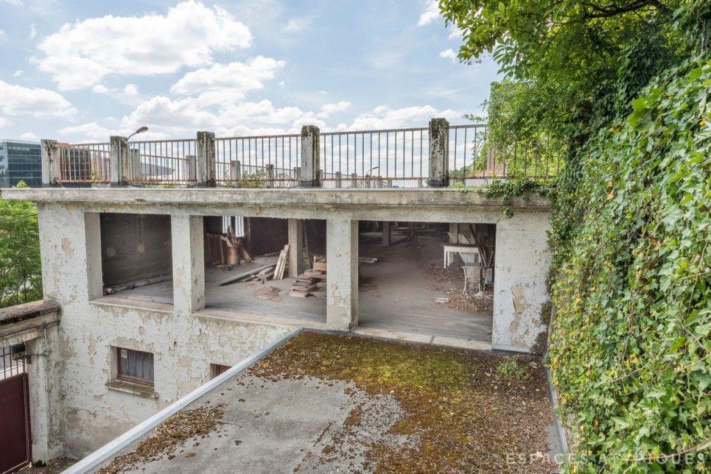 la mulati re loft am nager dans ancienne usine agence ea lyon espaces atypiques lyon. Black Bedroom Furniture Sets. Home Design Ideas