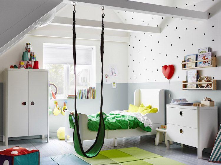 chambre enfant ikea meubles blancs balancoire verte
