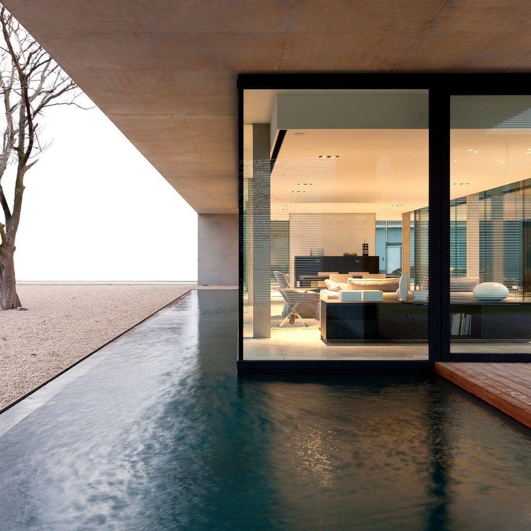 (source: http://bit.ly/1TTjQbE) #interiors #design #interiordesign #homedecor #homedesigninspiration #dsgnsquare