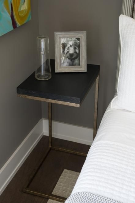Bedroom Bedside Table: Guest Bedroom Pictures From HGTV Smart Home 2015