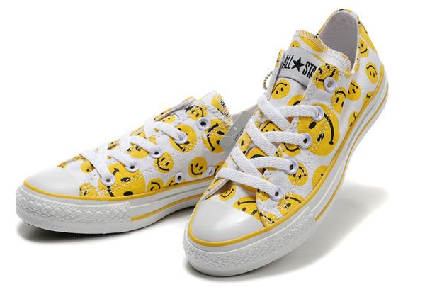 8b3fecf52387 Yello Smiley Face Converse White Canvas Low Tops Sneakers For Women ...