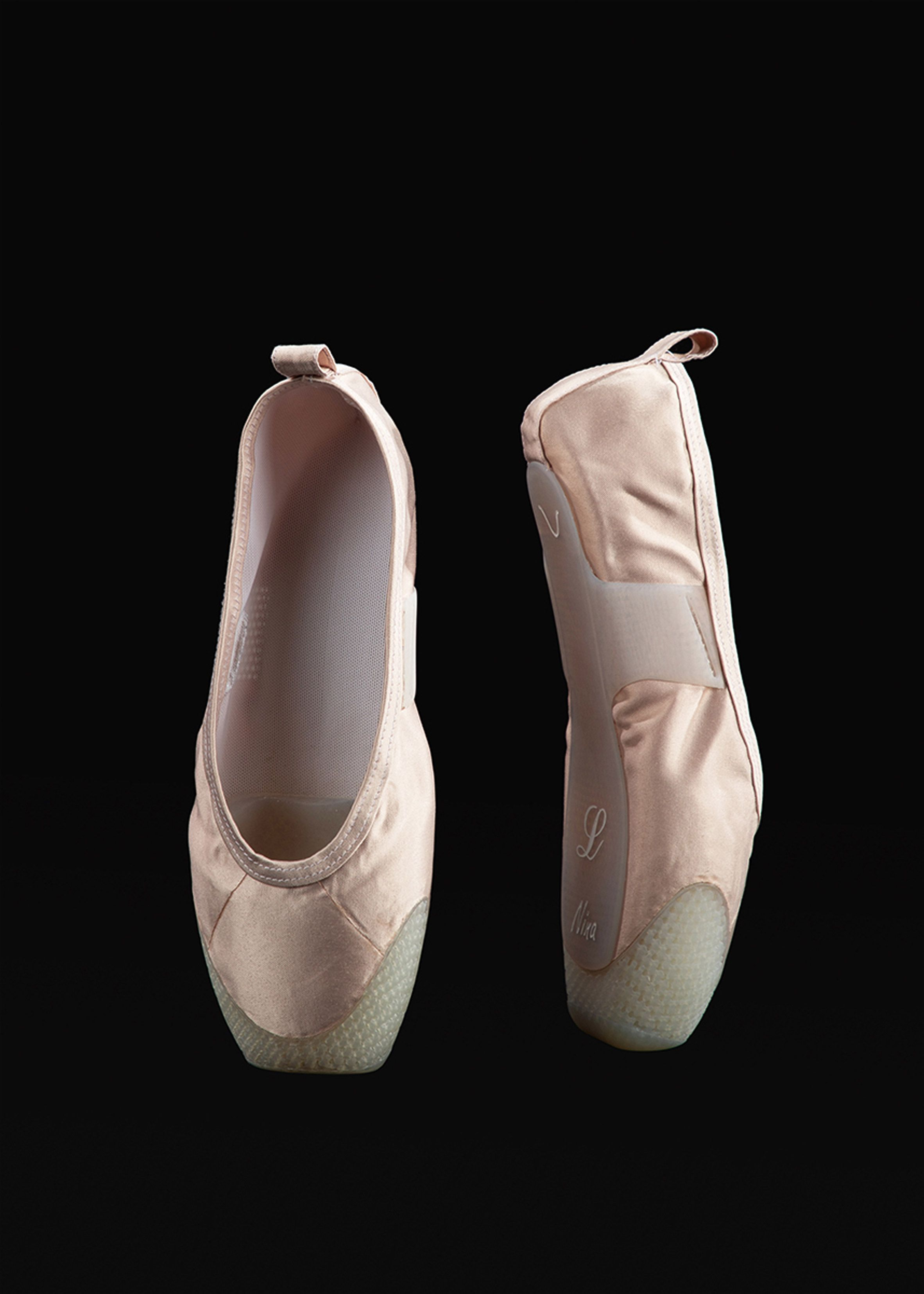 1b89916c2 P-rouette is a 3D-printed ballet shoe that reduces pain felt by the ...