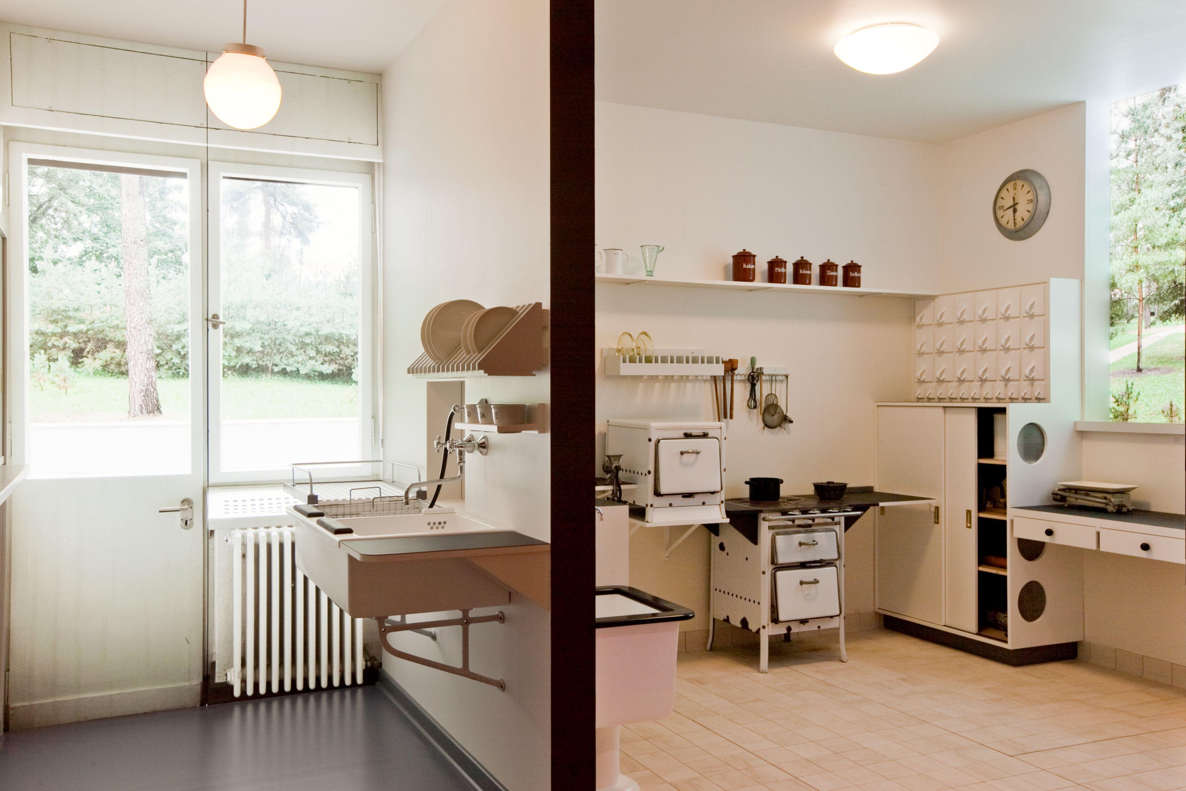 bauhaus kitchen Google Search Bauhaus interior