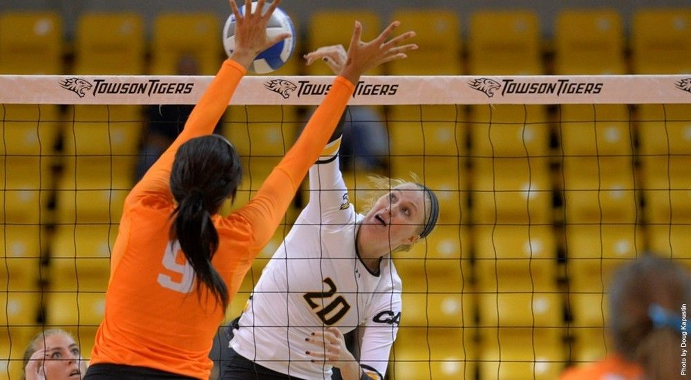 Tigers Push Win Streak To Six Straight With Victory Over Milwaukee Volleyball News Towson University Towson