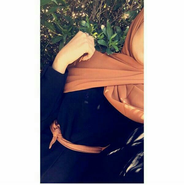 Pin By Faitma Faitma On Nana Girl Hijab Teenage Girl Photography Hijabi Girl