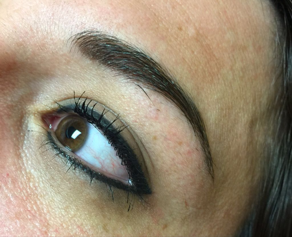 Permanent cosmetics eyeliner and eyebrows permanent for Cosmetic eyebrow tattoo