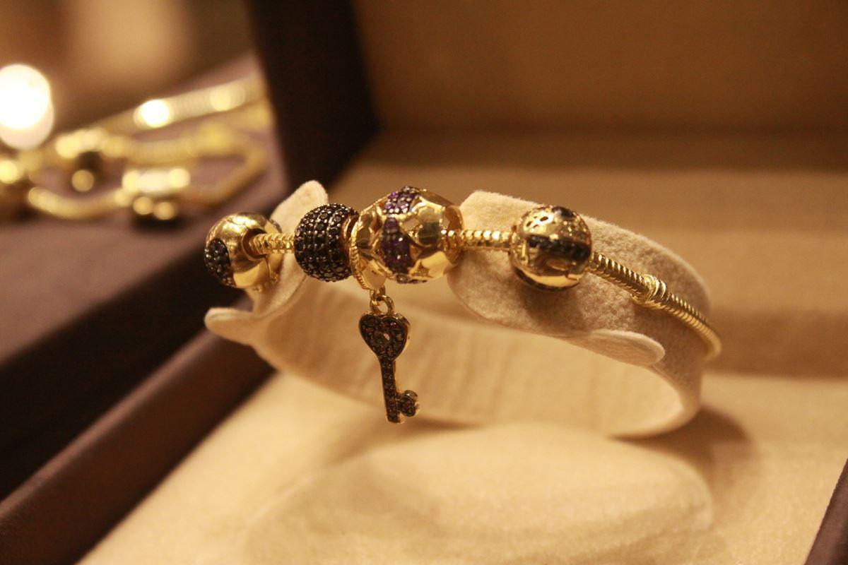 Pin by مجوهرات رامي الضابوس on اساور pinterest