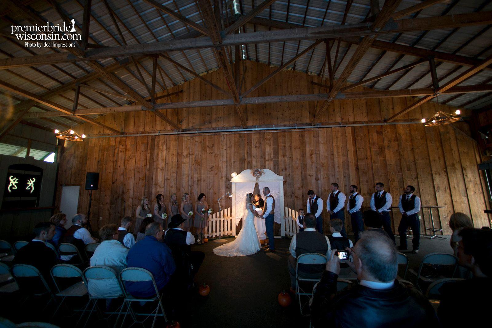 Real Wedding Sam And Tom Premier Bride Wisconsin Premier Bride Wedding Planning Guide Bride Guide