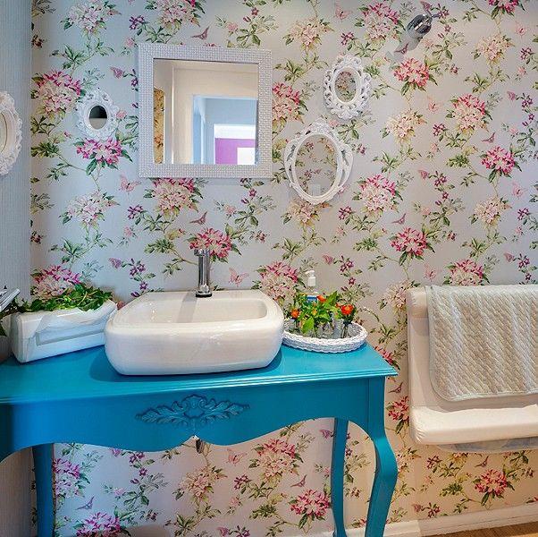 Cristina Yamada e Cláudio Araújo (designers) – Sala de Amamentação e Banheiro (Foto: Nenad Radovanovic)