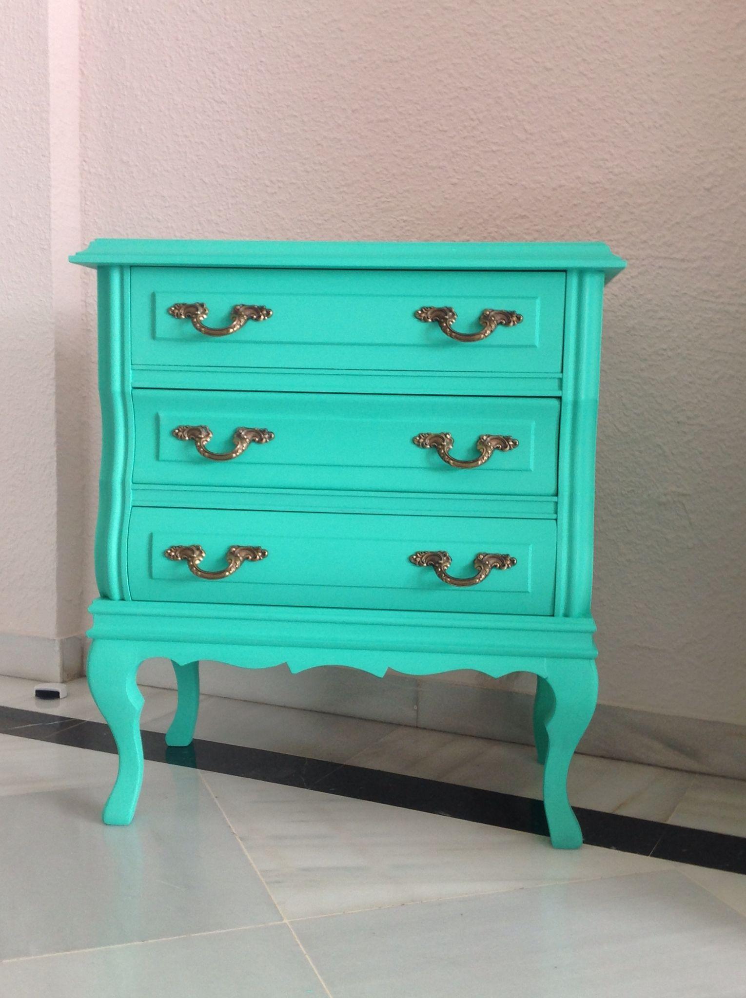 Mesilla de noche que he restaurado con pintura a la tiza for Pintura color turquesa
