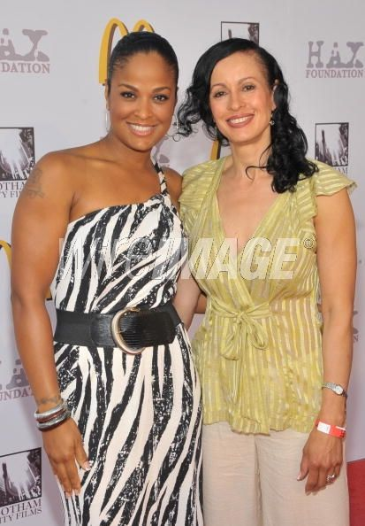 World boxing champion laila ali with her mother veronica porsche world boxing champion laila ali with her mother veronica porsche thecheapjerseys Image collections
