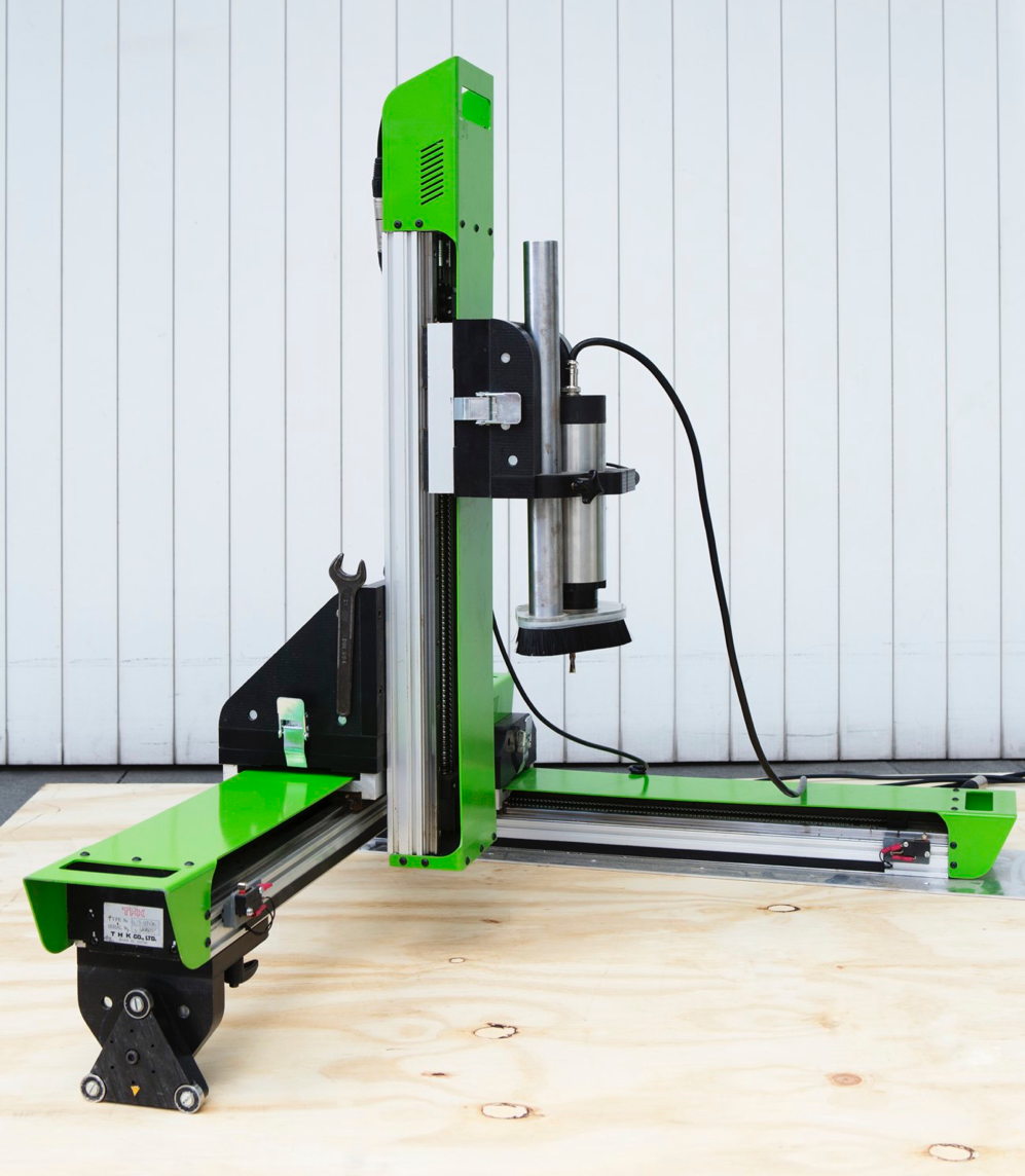 Grow A portable, professional, expandable CNC router