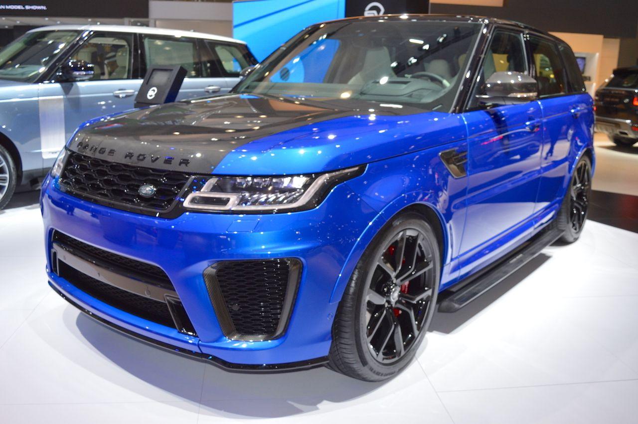 2018 Range Rover Sport SVR showcased at the 2017 Dubai