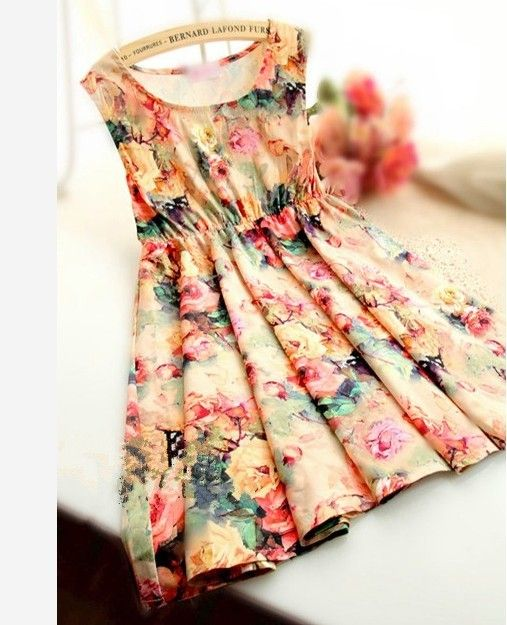 Retro flower waist vest skirt of the dresssize/free size   chest/82  Elastic waist can stretch up to/80  clothes length/74