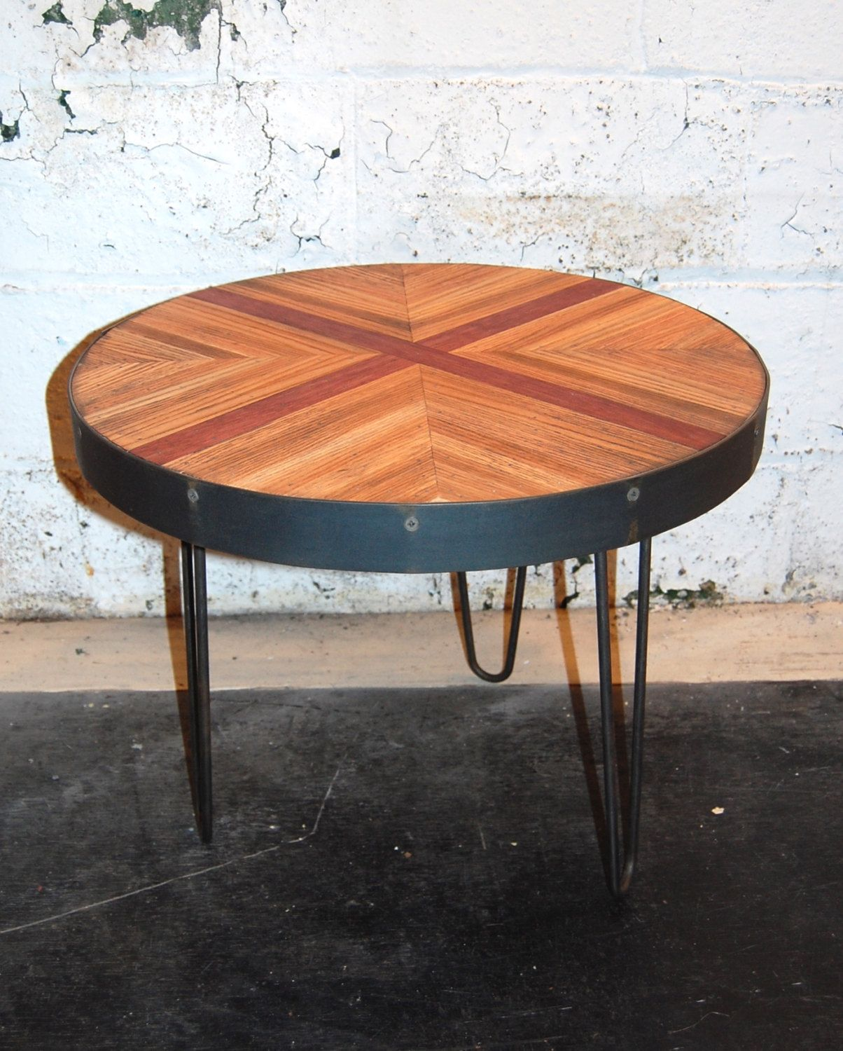 Small Round Reclaimed Oak Coffee Table With Quot Cross Quot On Hairpin Legs Coffee Table Oak Coffee Table Coffee Table Wood [ 1500 x 1204 Pixel ]