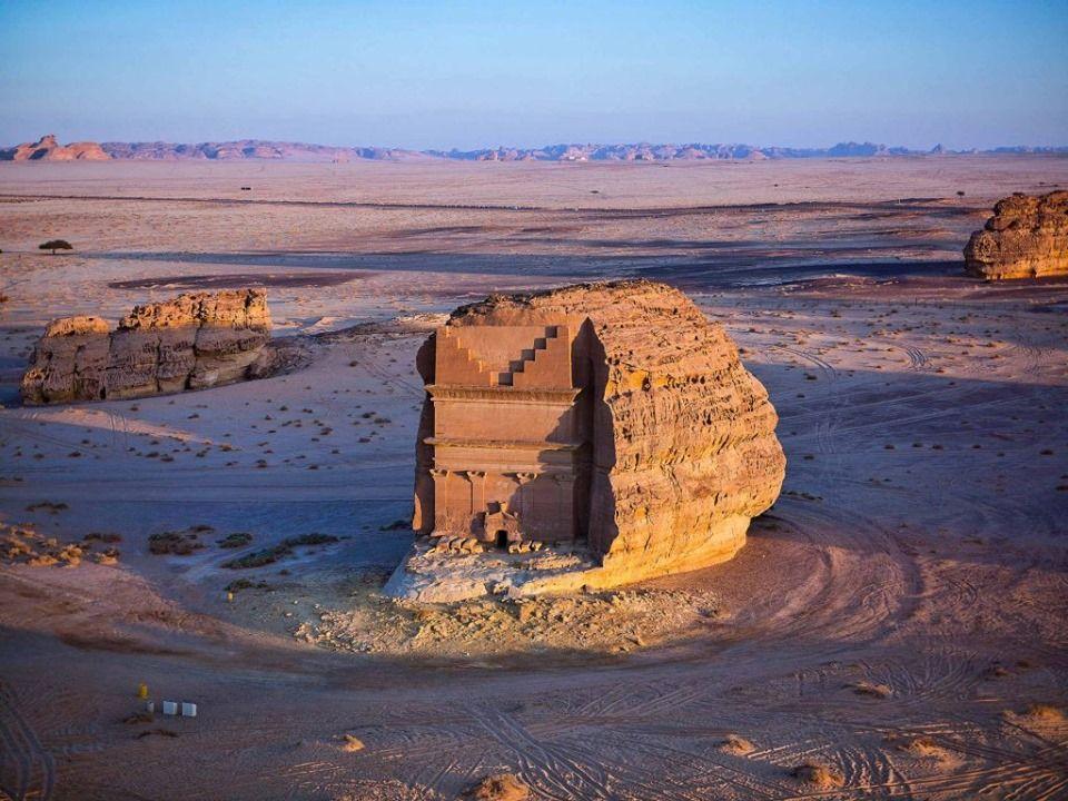 Madain Salih Culture Art Monument Valley Natural Landmarks